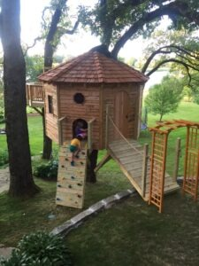 TREEHOUSE BUILDERS